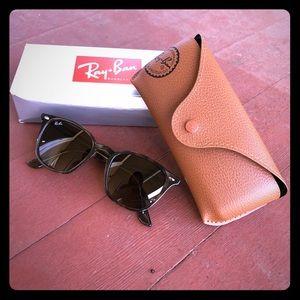 Ray Ban 4258 Grey Tortoise Sunglasses